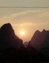夕阳美--恐龙望日